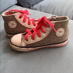 Girls Converse shoes Sz 9